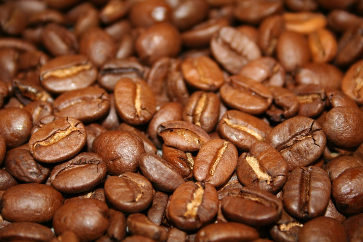 фермеры используют выброшенную кофейную солому