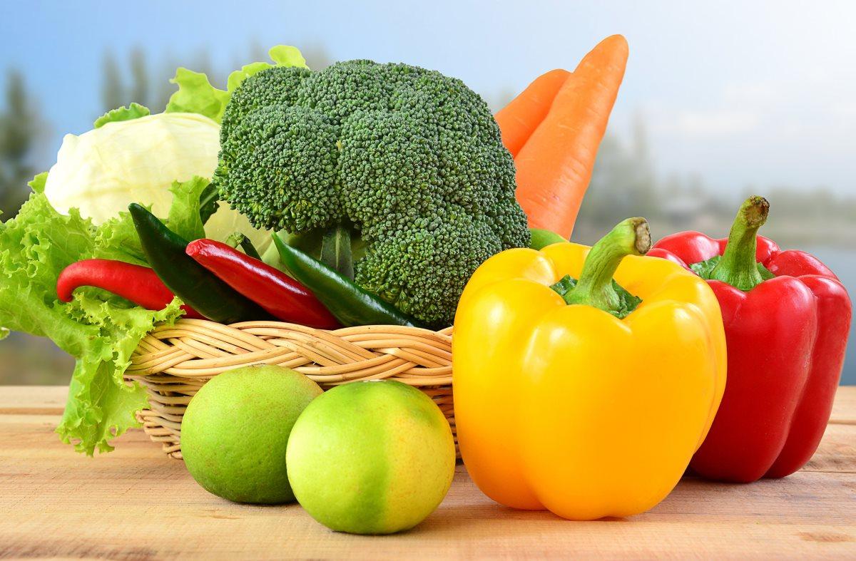 Употребление в пищу продуктов, богатых каротиноидами